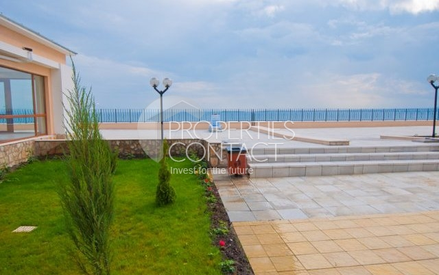 Sea Fort Club - apartment overlooking the sea on the south coast of Bulgaria, Elenite