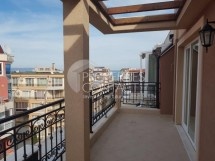 We offer for sale a penthouse in a residential building in Pomorie, near  the city center and the beach