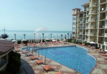 For sale a large studio with panoramic sea view in Elenite, in a complex on the first line, Bulgaria