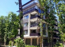 For sale one-bedroom apartment with a lawn in Green Paradise 4 complex, Primorsko, Bulgaria
