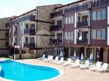 We offer for sale a spacious furnished two-bedroom apartment in Kosharitsa, complex Sunny House, Bulgaria