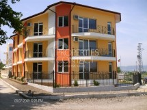 For year-round in Bulgaria - two-bedroom apartments in Kranevo, north coast
