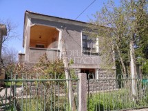 House for sale in Rosen village, 5 km from the sea