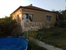 Sell ​​one-story brick residential house in the village Podvis, Bulgaria