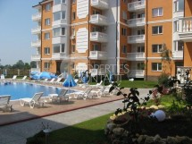 Resale of a furnished two-bedroom maisonette apartment in Sea Diamond Complex, near Cacao Beach, Sunny Beach