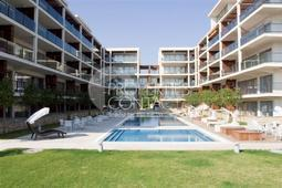 Apartment complex on the front line in Obzor - garden and swimming pool
