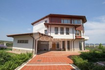 For sale-luxury three-bedroom house with sea view in Lozenetz, Bulgaria