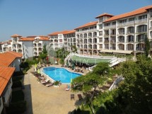 For sale - cozy furnished studio in Triumph complex, 200 m from Marina Dinevi in Saint Vlas,Bulgaria