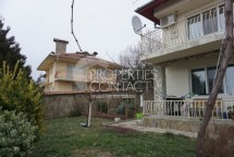 For sale two-storey house in Bulgaria, in the area of Kosharitsa