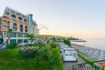 Resale of an excellent sea view one-bedroom apartment on the first line in Saint Vlas, Bulgaria
