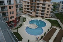 "Property on the beach in Bulgaria - one bedroom apartment in a complex ""Pearl Beach"", Primorsko"