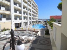 For sale spacious one bedroom apartment in a complex on the first coastline in the town of Pomorie in Bulgaria