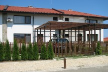 Houses for sale in Bulgaria!  Two storey  townhouse with a sea view in a   luxury complex, 1 km away from the beach in  Lozenets, Bulgaria
